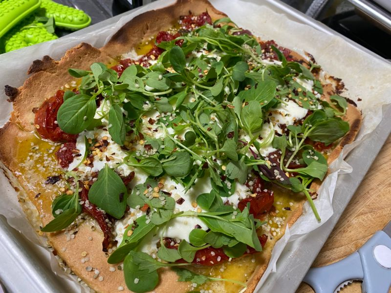 diabetes almond flour pizza mozzarella arugula